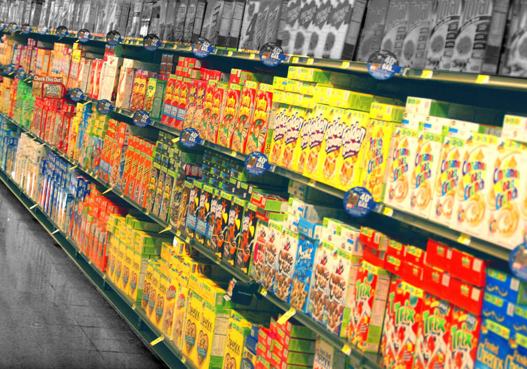 grocery isle full of cereal