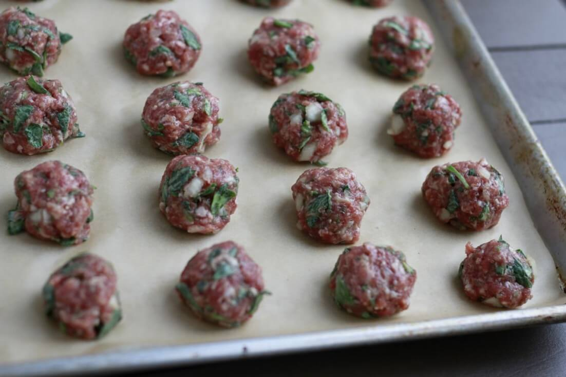 Spinach-Cilantro-Meatballs-grain-free-savorylotus