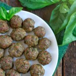 Pesto Meatballs (gluten and grain free, paleo) ~ savorylotus.com