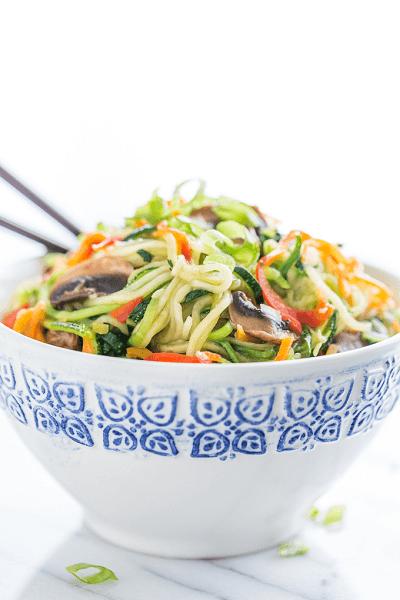 Zucchini-Noodle-Lo-Mein-GI-365-4 (1)