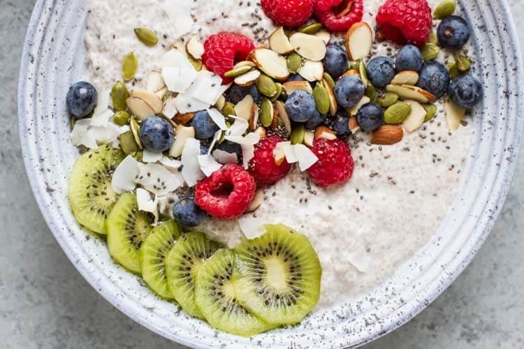 Chia Pudding Breakfast Bowl \ www.savorylotus.com 2