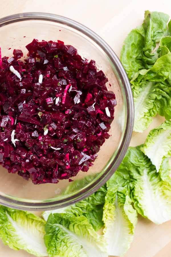 Beet Tartare Lettuce Cups (with crispy shallots) \ www.savorylotus.com