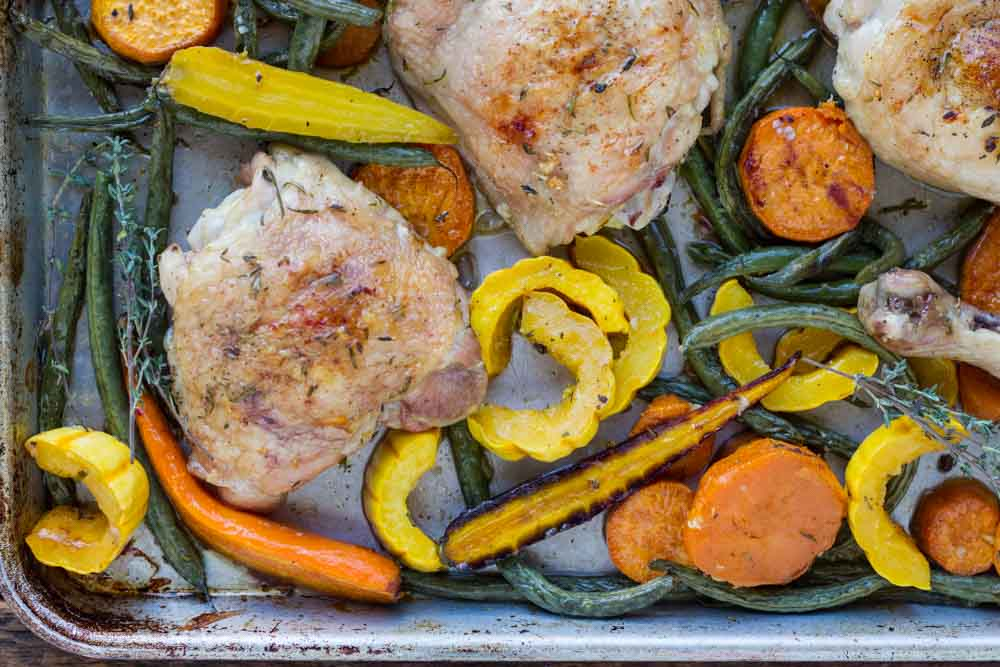 Easy Sheet Pan Chicken with Roasted Vegetables ~~ www.savorylotus.com