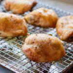 Crispy Baked Chicken Thighs --- www.savorylotus.com