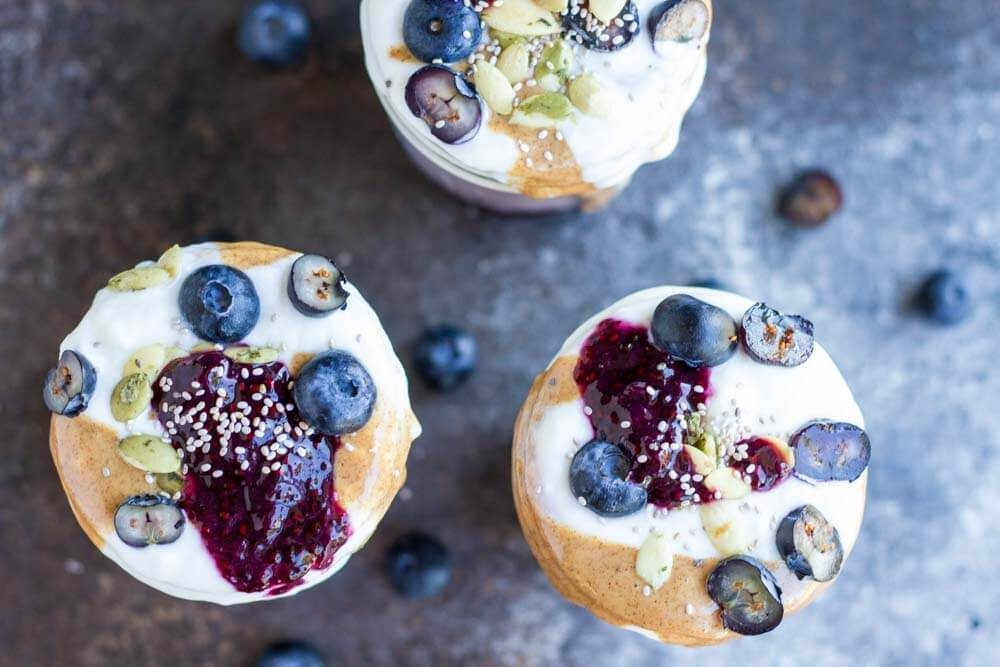 Blueberry Breakfast Parfaits // www.savorylotus.com