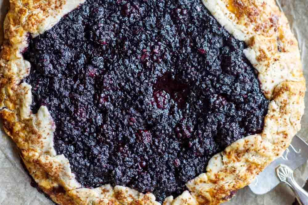 Blackberry Ginger Galette (gluten free and paleo) \ www.savorylotus.com