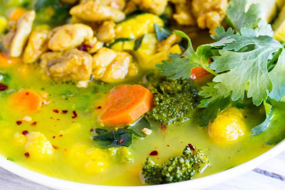 30 Minute Turmeric Chicken Soup ~ www.savorylotus.com