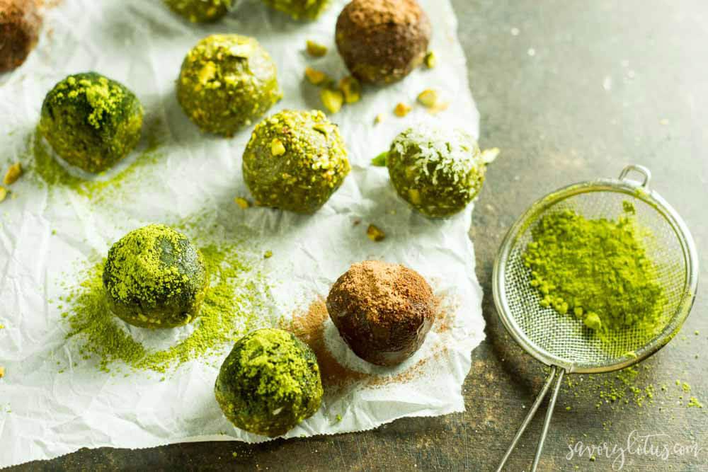 No Bake Matcha Energy Balls (gluten free, paleo, vegan) | www.savorylotus.com