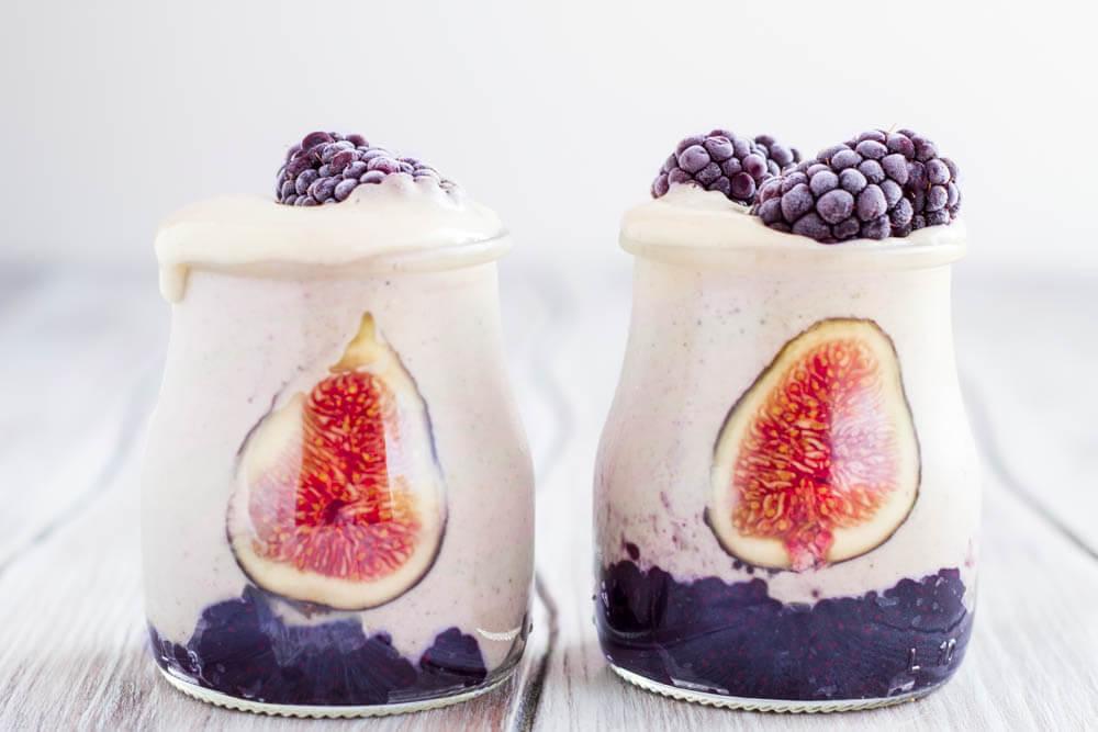 Creamy Cashew Cardamom Fig Smoothie (dairy free) ~ www.savorylotus.com