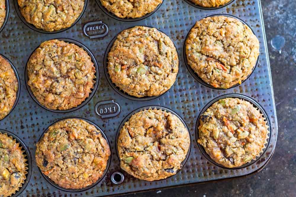 Loaded Breakfast Muffins (gluten free and paleo) \ www.savorylotus.com