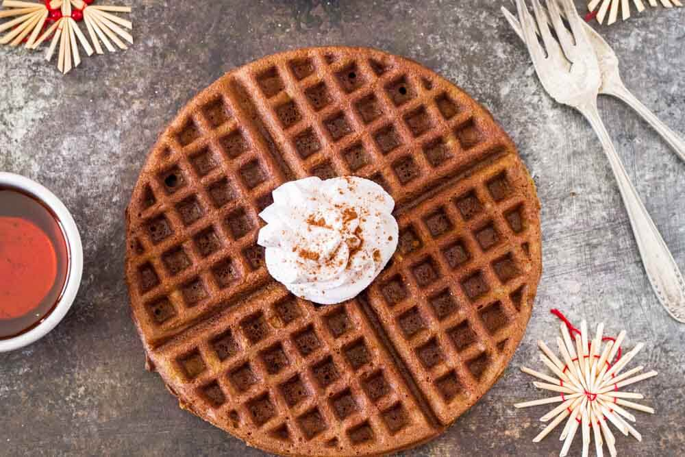 Gingerbread Waffles with Maple Cream (gluten free) --- www.savorylotus.com