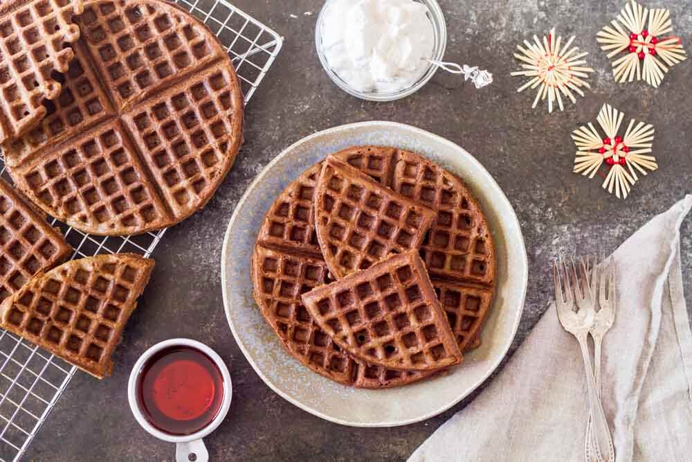 Gingerbread Waffles with Maple Cream (gluten free) \ www.savorylotus.com