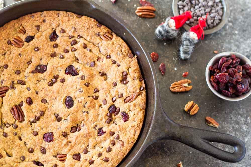 Chocolate Cranberry Pecan Skillet Cookie (gluten free) \ www.savorylotus.com