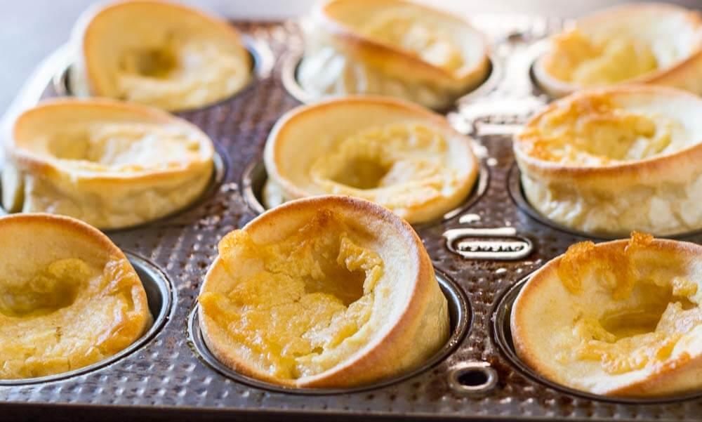 Mini Dutch Baby Pancakes (gluten free, nut free, paleo) \\\ www.savorylotus