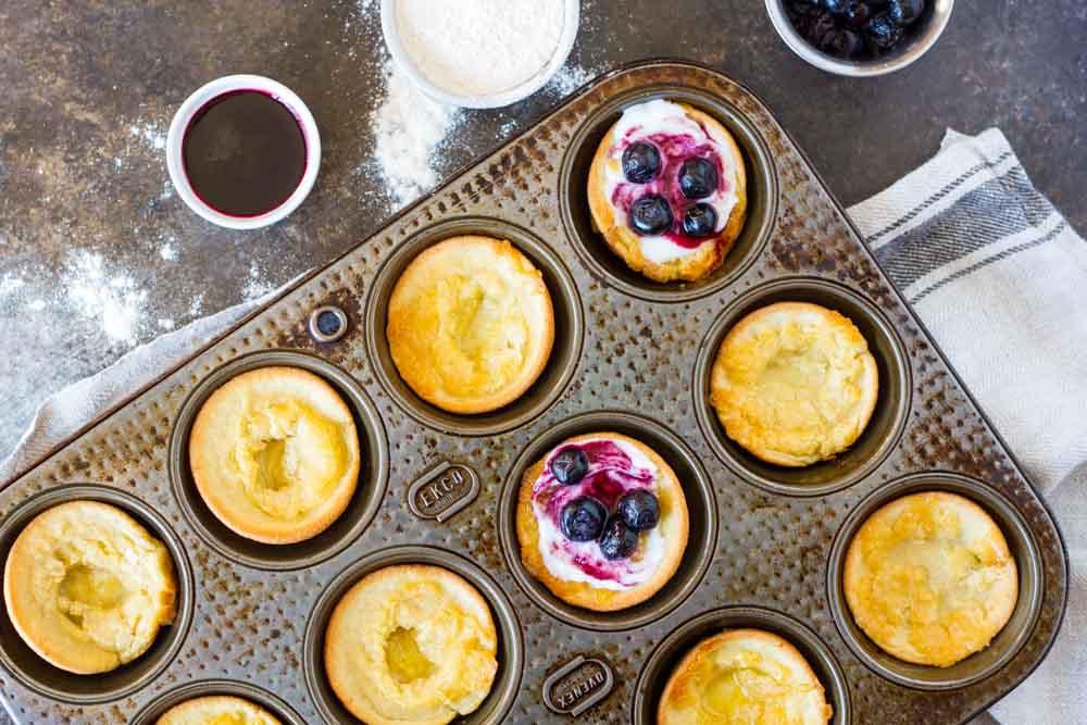 Mini Dutch Baby Pancakes (gluten free, nut free, paleo) -- www.savorylotus