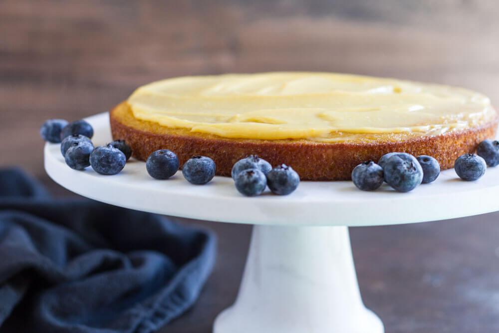 lemon curd on cake