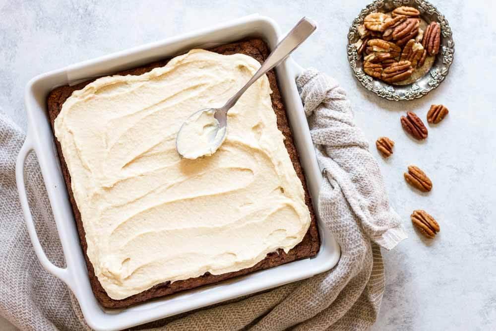 Easy Pumpkin Cake (gluten free and paleo) \\ www.savorylotus.com