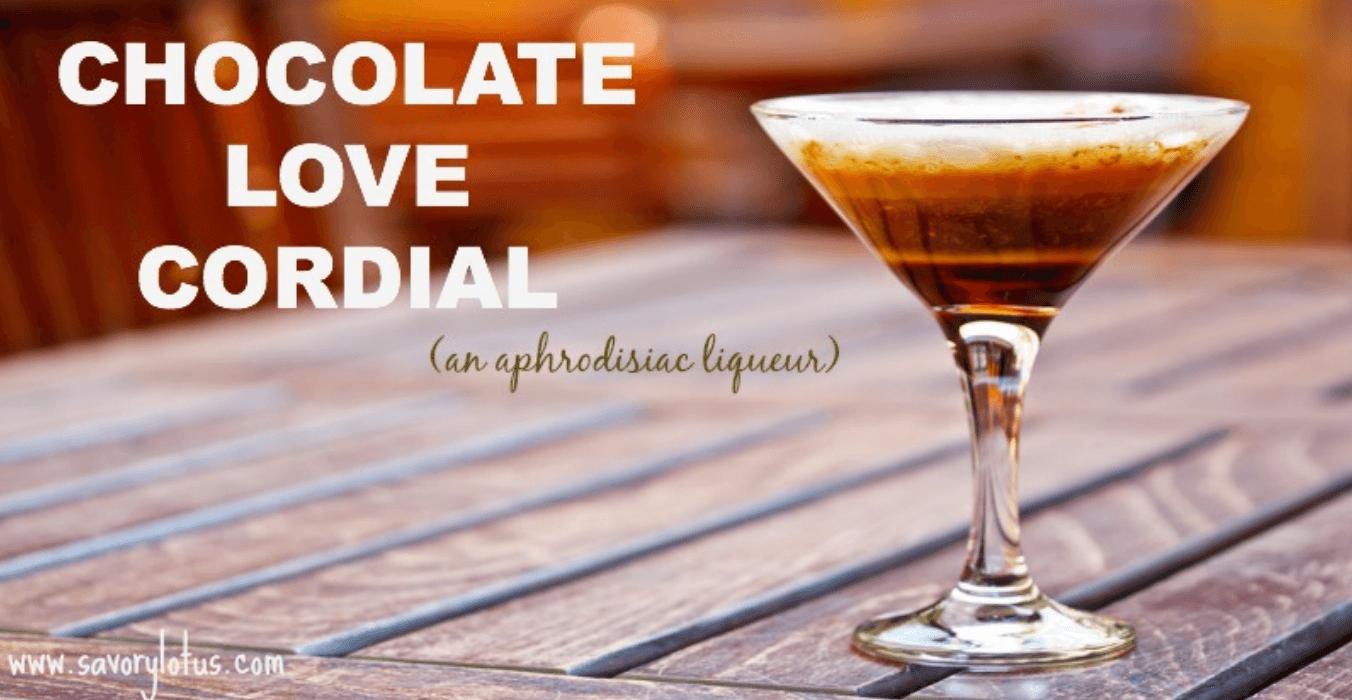 20 Healthy Edible Gift Ideas | chocolate love cordial