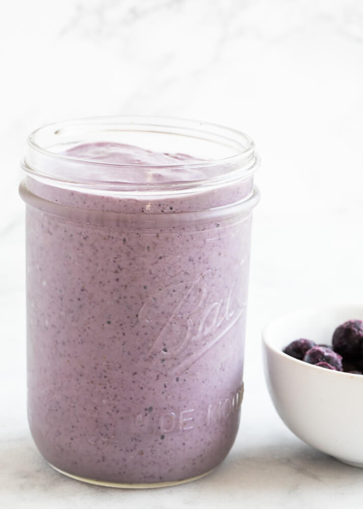 Blueberry smoothies in a glass jar